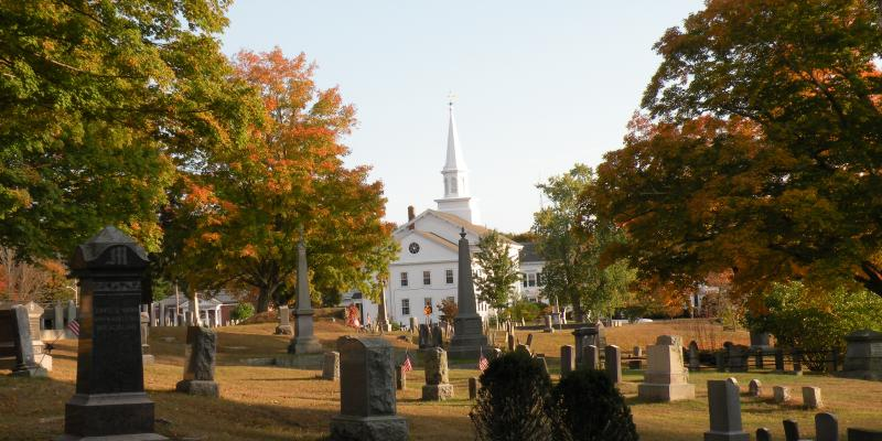 Hanover Center Cemetery and the First Congregational Church (Diane Hallett)